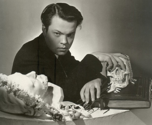 Orson-Welles-By-Cecil-Beaton1-e1323628004488
